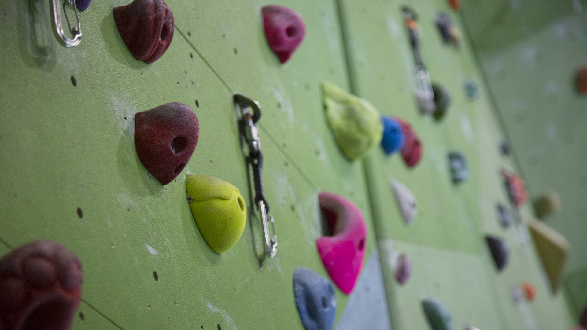 climbing-wall-background-1473870820wlf